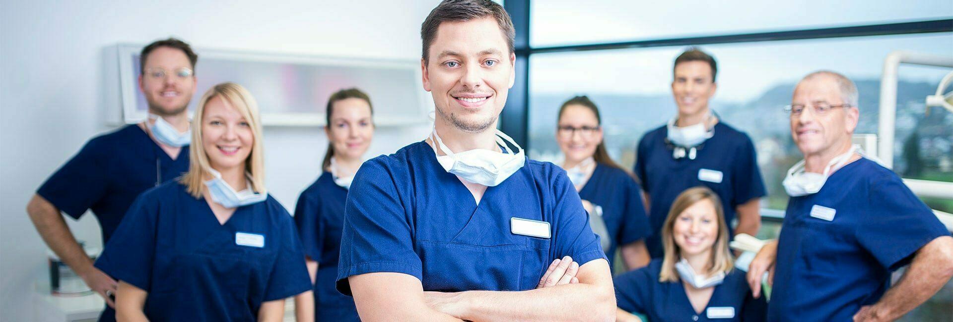 Günstiger Zahnarzt Deutschland | Dr. HAGER